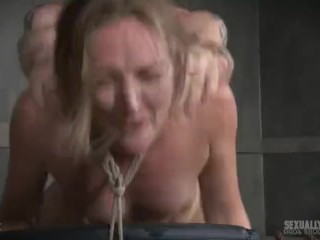 Young man fucking hot mom
