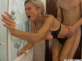 Moms devils hot sex photos